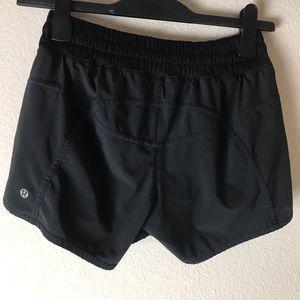 Lululemon Black shorts 2.5 length size 8